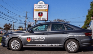 Autobahn Automotive Courtesy Vehicle Policy